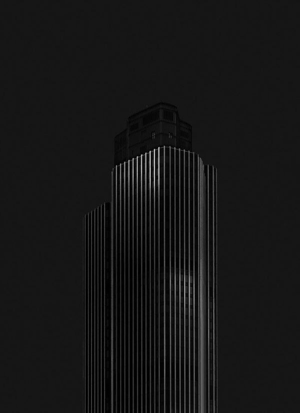Minimalist dark architecture photography of the Mono Madness III.