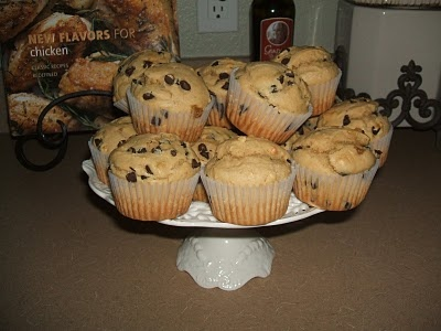 {Kaitlin in the Kitchen}: Peanut Butter Chocolate Chip Muffins: Kitchens, Peanuts, Chocolate Chips, Recipe, Butter Chocolates, Chocolate Chip Muffins, Kaitlin, Peanut Butter, Chocolates Chips Muffins