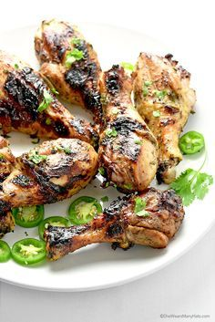 Honey Jalapeño Grilled Chicken Recipe | http://shewearsmanyhats.com/honey-jalapeno-grilled-chicken-recipe/