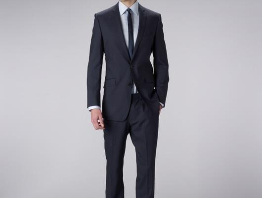 Мужской приталенный костюм купить