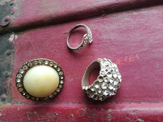 vintage rings lot of rings costume jewelry sparkling rings