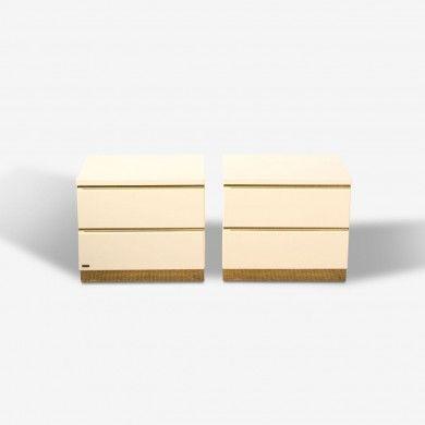 Paire de chevets laqués blanc de Jean-Claude Mahey pour Romeo  à retrouver sur Kolectiv Design