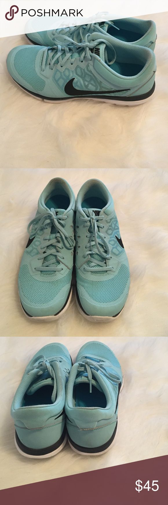 Nike Tiffany blue flex run sneakers These are a pair of Nike flex run sneakers.  They are in the color Tiffany blue.  They are a size 10 and run true to size. Nike Shoes Sneakers