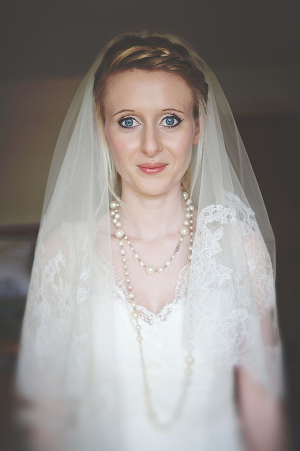 https://s-media-cache-ak0.pinimg.com/736x/4a/45/9c/4a459c749891677c51ed5e1fc68d8f14--parisian-chic-style-wedding-make-up.jpg Marissa