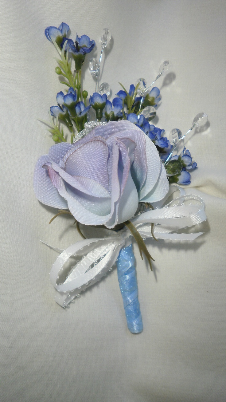 Boutonniere for prom 2012 timelesstreasure boutonnieres