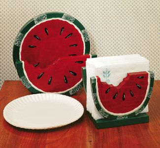 Watermelon Plate /Napkin Holder Pattern  Paper plate and napkin holer, 3 different watermelon designs. #diy #woodcraftpatterns