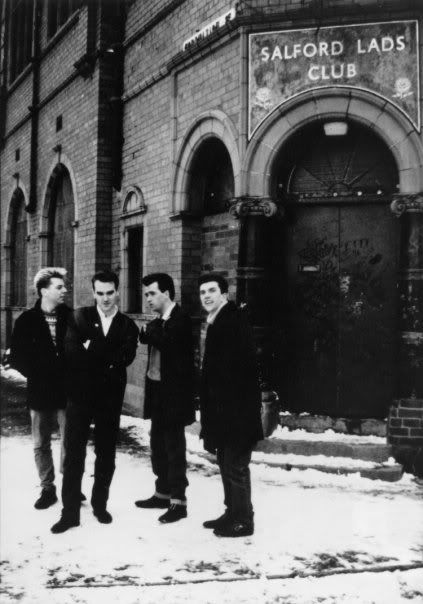 #TheSmiths in front of Salford Lads Club, snowy Manchester (1987). Picture by Lawrence Watson.