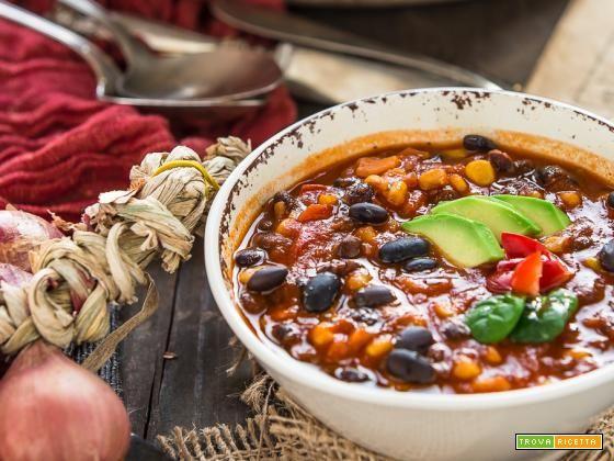 CHILI VEGANO con FAGIOLI NERI   ZUPPA di FAGIOLI NERI alla MESSICANA (senza glutine)  #ricette #food #recipes
