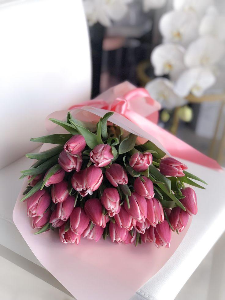 собраны фото букеты тюльпанов на столе захотела ебаться что