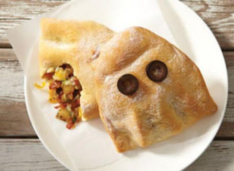 Spooky Ghost Calzone with Mozzarella   #simplepleasures and #CDNcheese