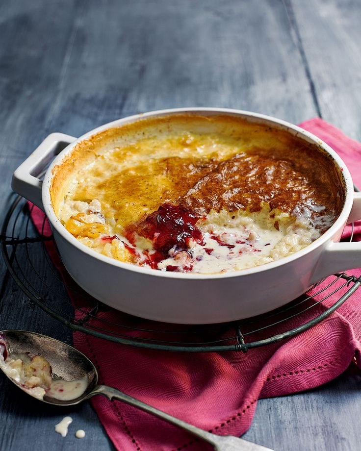 Vanilla and nutmeg baked rice pudding - There's nothing more comforting than a bowlful of old fashioned rice pudding with a dollop of jam.