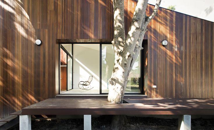 Gallery of Mae Kao Canal House / EKAR & Full Scale Studio - 3