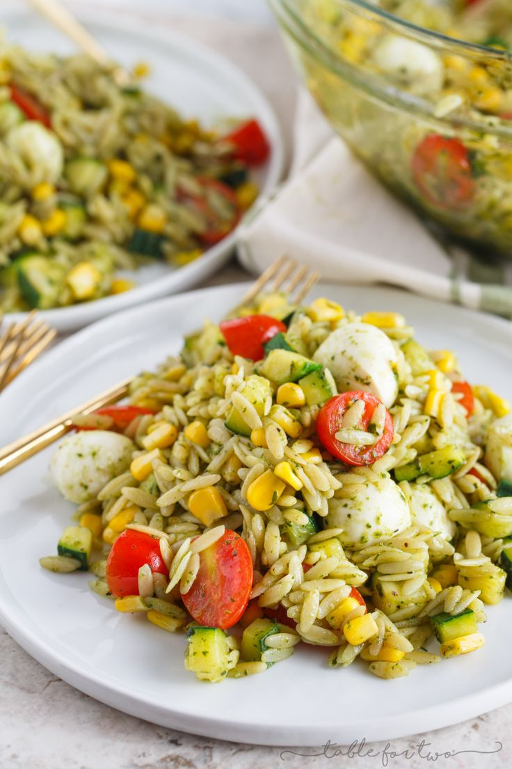 This end of summer pasta salad is a great way to use up the summer's finest…