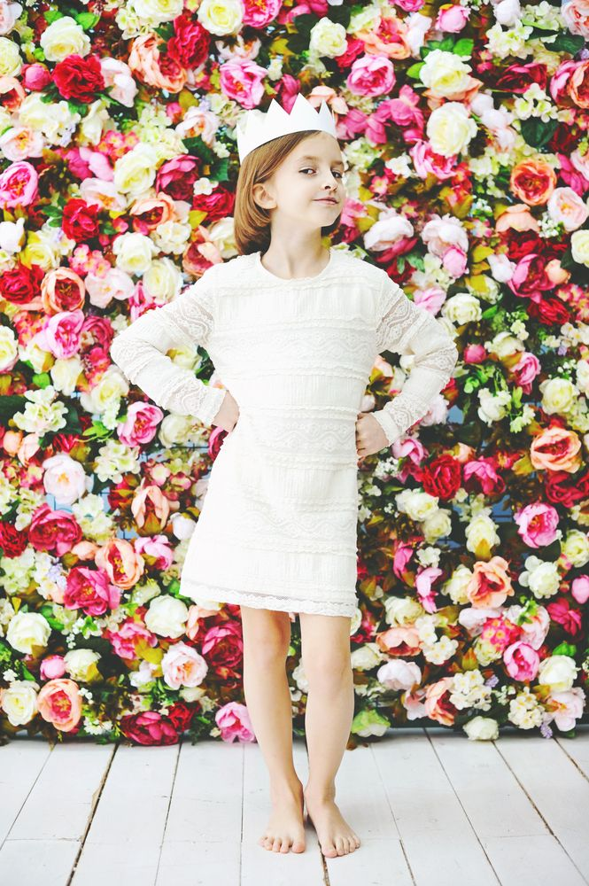 DIYでエレガントに!ドレスと一緒に選びたいヘッドピースを手作り!