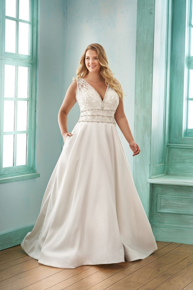 10 best Plus Size Wedding Dresses images on Pinterest | Bridal shops ...