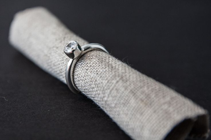 Silver ring with synthetic zirkon.