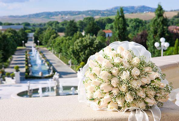 Elegant wedding bouquet #NelloDiCesarePhotography #bouquet #flowers #wedding #WeddingPlanner