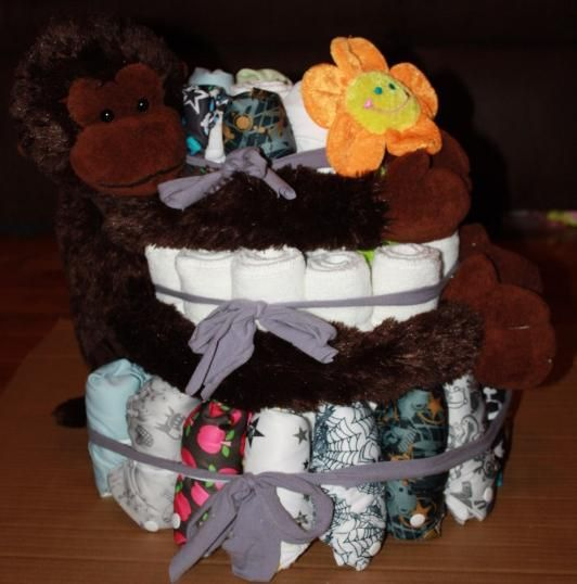 How to make a pocket cloth diaper cake with things from around the house