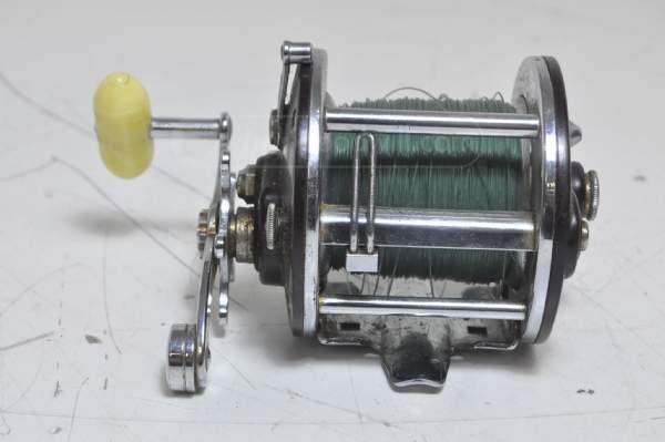 shopgoodwill.com: Penn 209 Fishing Reel