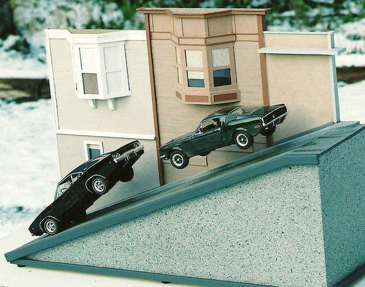 Bullitt! I loved this amazing scene recreation so much,I did it myself with my own vehicles and layout :)