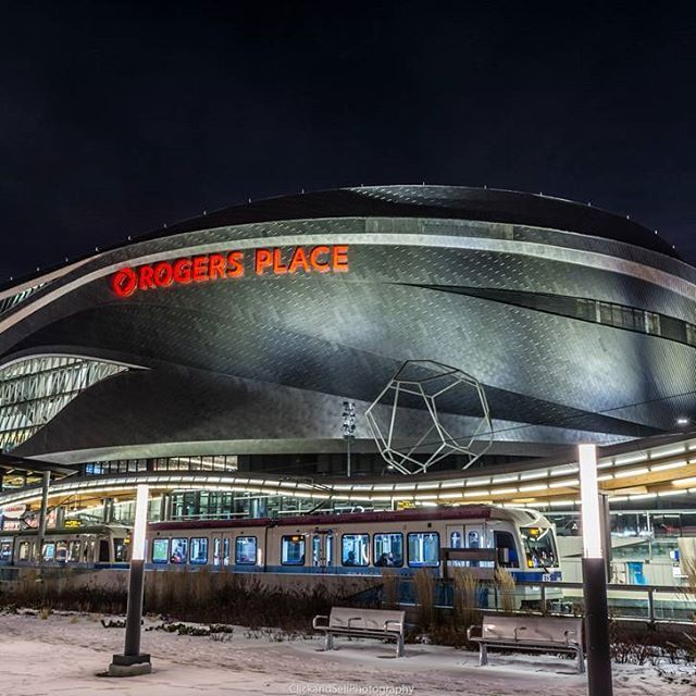 Night shot of  Rogers Place in Edmonton.  Like and share  Check out www.clickandsellphotography.com  #edmonton #canada #yeggers #yeg #city #yeg_blog #yeglife #alberta #edmontonliving  #exploreedmonton #travelalberta #discoveryeg #yegblog #imagesofcanada #explorecanada #explorealberta #cityofedmonton #rogersplace