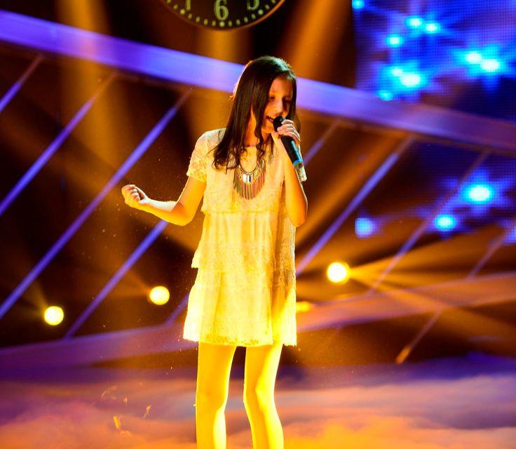 """Celine Dion - """"Just Walk Away"""". Vezi cum cântă Delia Malinici la Next Star"""