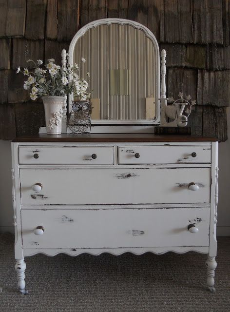 White distressed antique dresser with mirror