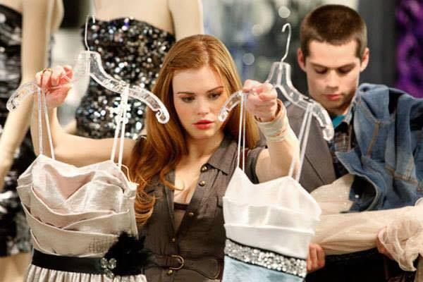 this scene will be repeated when Stydia will be looking for their wedding's clothes