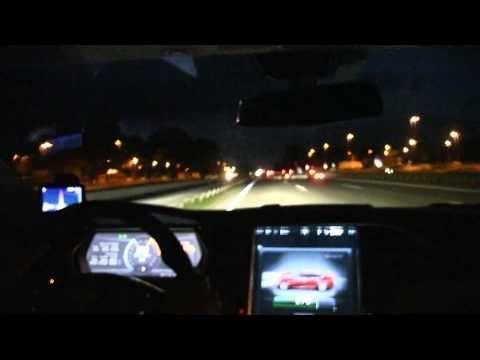Tesla Model S P85 driving 200 km/h, 125 mph over 63 km on German autobahn - YouTube