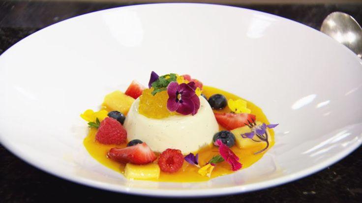 Vanilla Pannacotta with Saffron Gel