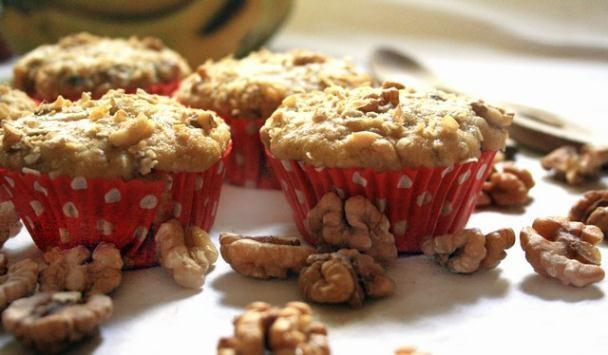 Apple Cinnamon Walnut Muffin
