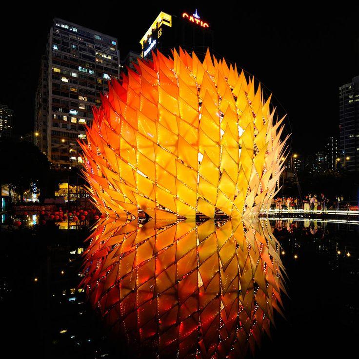 Hong Kong Golden Moon, temporary structure :(