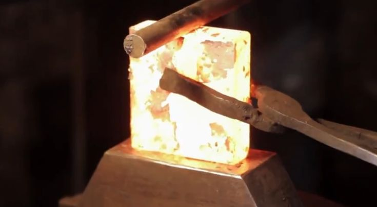 Blacksmithing 101: How to forge an axe step by step