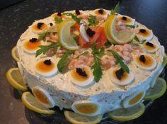 Smørgåstårta med Egg, Reker og Røkelaks (Mat Med Marith)