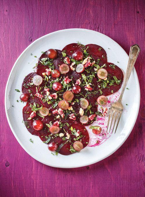 Carpaccio de betteraves aux raisins et aux noix rouges Recettes | Ricardo