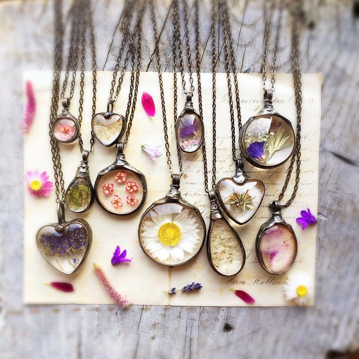 """""""Make a special gift for a friend or for yourself. Charming necklaces, natural dried flowers, moss , dandelion seeds. I have great joy with  creation those…"""""""