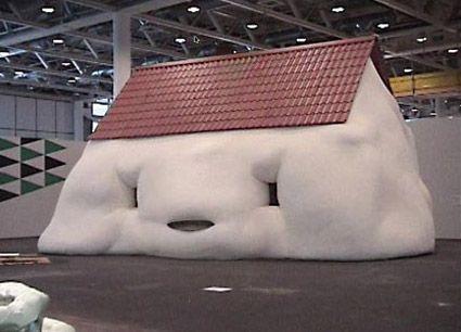 The fat house. Erwin Wurm.