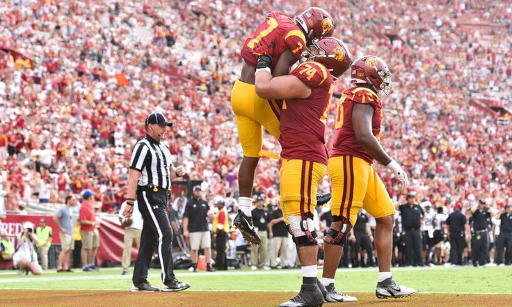 Coliseum must factor into game plan for USC vs Stanford = After Western Michigan played No. 6-ranked USC to a closer-than-expected 49-31 final in Week 1 at Los Angeles Memorial Coliseum, Broncos quarterback Jon Wassink offered.....