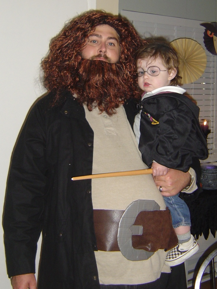 Oh... my... goodness.... totally may have to do this for my Harry Potter-fan husband and the little guy one Halloween!