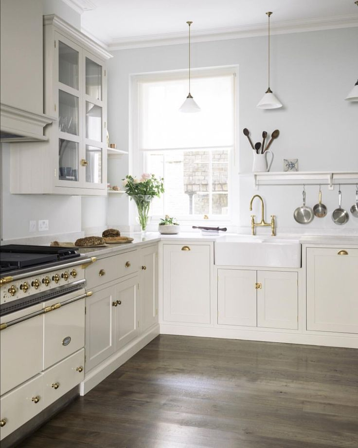 1480 likes 13 comments devol kitchens devolkitchens on instagram - Kleine Galeere Kche Umgestalten Vor Und Nach