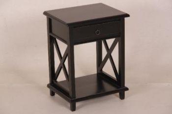 Musta yöpöytä