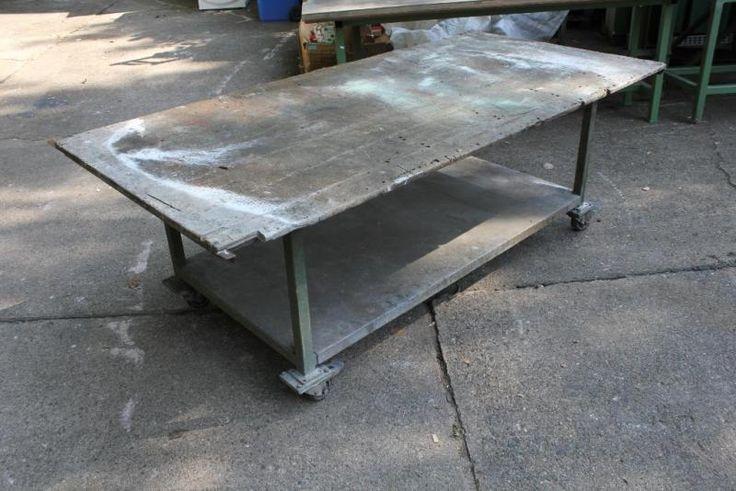 http://www.ebay-kleinanzeigen.de/s-anzeige/vintage-loft-tisch-packtisch-shabby-tafel-esstisch-werkstatt/410717271-87-3472