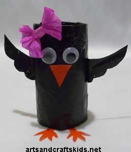 easy kids crafts - you could do it in BLUE! :-) Ok I have got to stop repinning these toilet roll crafts. But they are just too cute!!!