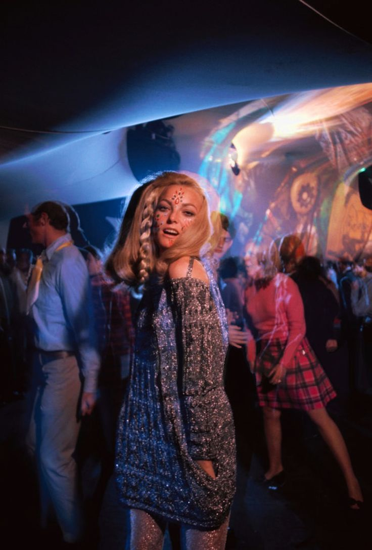 Psychedelic party in Los Angeles, summer 1967. Photo by Douglas Kirkland