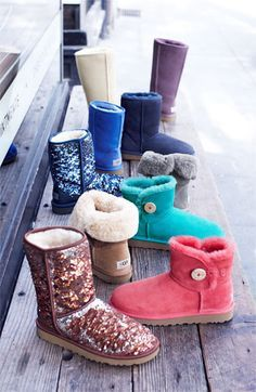 UGG discount site. Some less than $60! I'm gonna love this site!