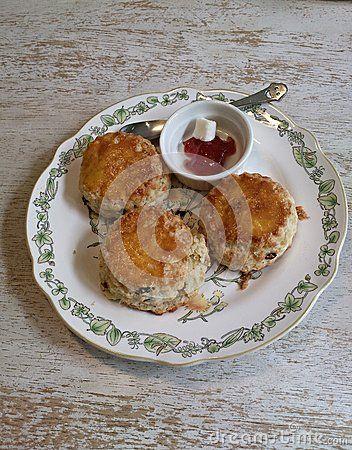Three raisin scones