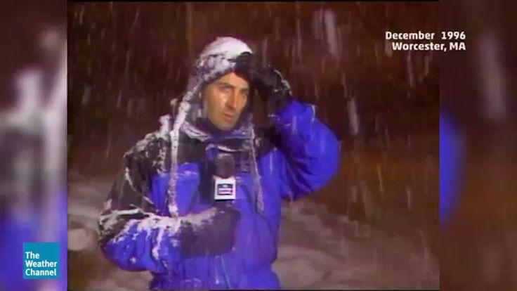 (adsbygoogle = window.adsbygoogle || []).push();       (adsbygoogle = window.adsbygoogle || []).push();  Jim Cantore has not hidden the fact that he loves thundersnow, a viewer also has a similar reaction to it during Winter Storm Kayla in early February 2016. source #Weather...