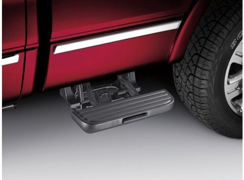 Side Step, Retractable - 5.5 Bed, Passenger Side Only | The Official Site for Ford Accessories