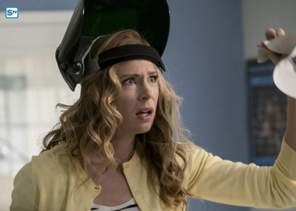 """#TheFlash 3x20 """"I Know Who You Are"""" - Tracy Brand (star, Anne Dudek)"""