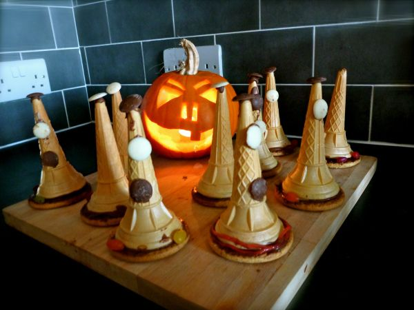 Halloween sweet filled witches hats. A perfect Halloween party treat!